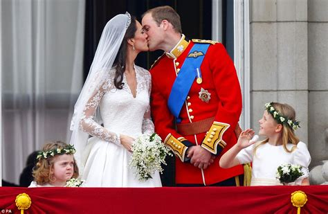 william and kate royal wedding 2011 insprational photo the royal wedding 2011 the kiss
