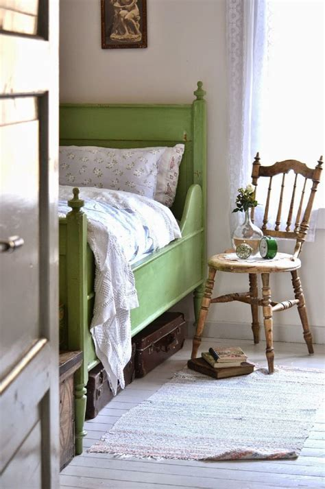 vintage decor for bedroom vintage bedroom decorating ideas and photos