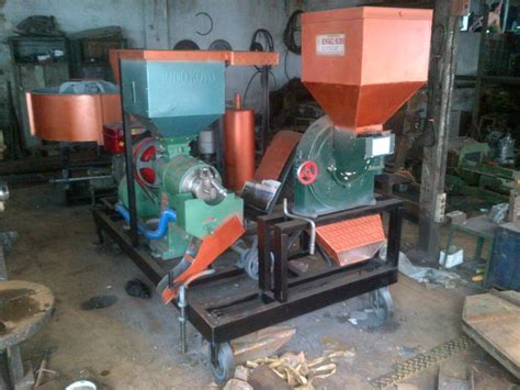 Gergaji Mesin Slendang mesin penggilingan padi duduk disertai dismail cv