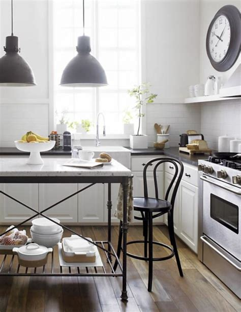 eye for design french kitchens keep them authenic bistro kitchen decor how to design a bistro kitchen