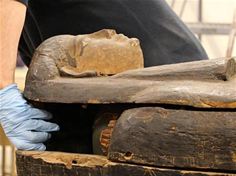 Uruguay Immigration Criminal Record Scientists Open Mummy Coffin In Chicago