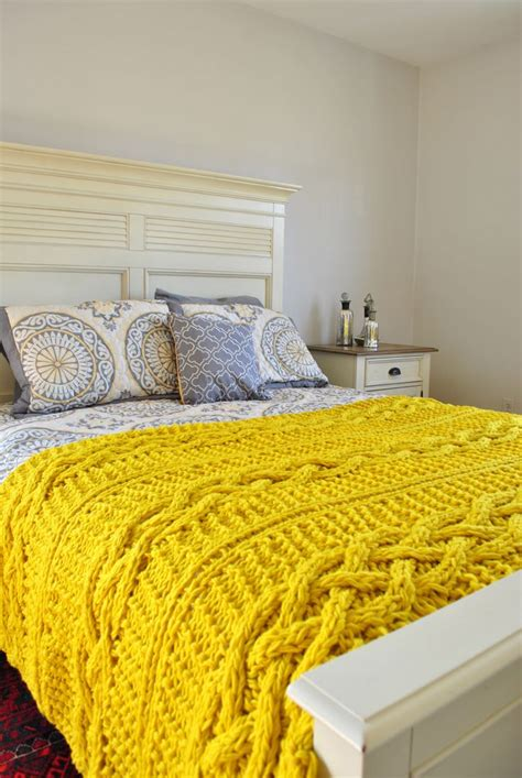 cable knit blanket king size 10 best ideas about knitted throws on big