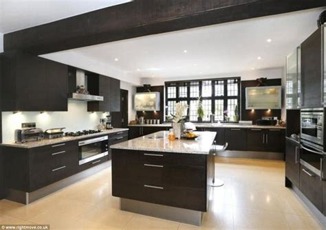 European Design Kitchens by From Traditional To Super Modern Take A Look At Britain S