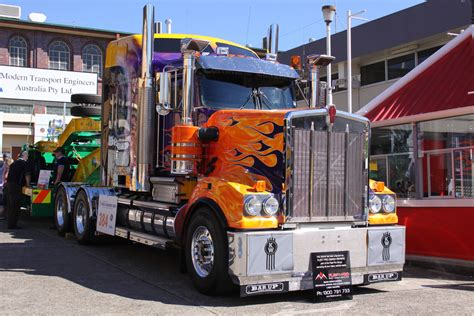 kenworth show trucks primetime truck show kenworth another heavily decorated