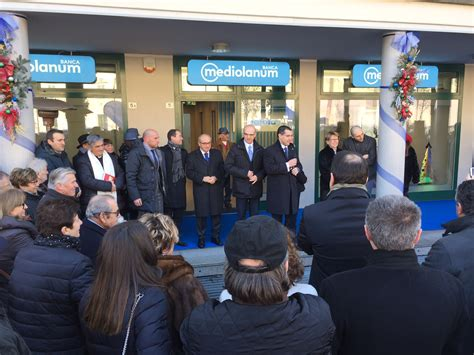 mediolanum sede inaugurata nuova sede di mediolanum a viadana