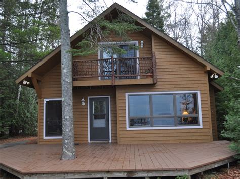 Torch Lake Cabin Rentals by Torch Lake Frontage Cottage On South Shore Vrbo