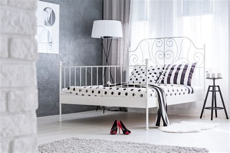 Types Of Metal Bed Frames Types Of Beds Different Mattress Sizes And Bed Styles