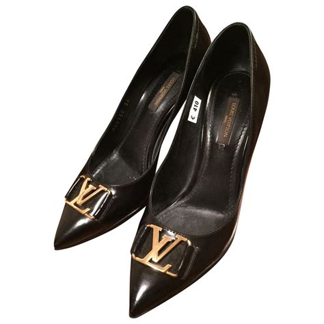 louis vuitton black high heels black plain leather louis vuitton heels vestiaire collective