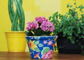 Home Decorating Craft Projects Decorating Flower Pots An Easy And Colorful Diy Idea