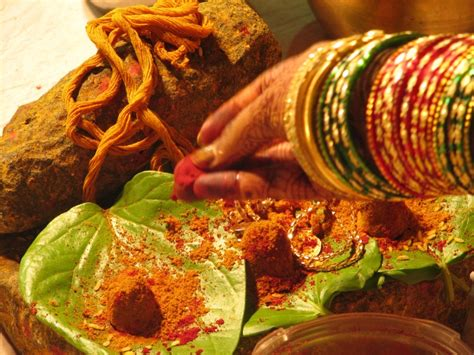 Wedding Gift Options India by Hindu Marriage Ceremony