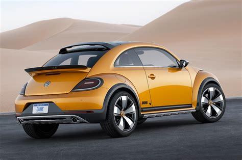 future volkswagen beetle volkswagen beetle dune concept first look motor trend