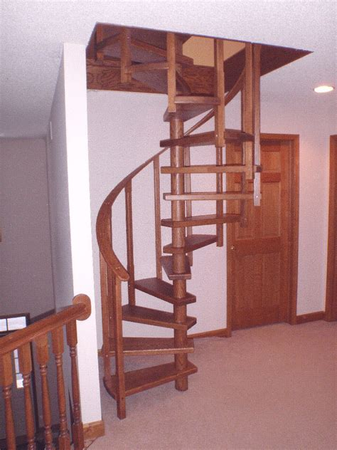 Wooden Spiral Staircase Plans Diy Wood Spiral Stairs Built From Plans
