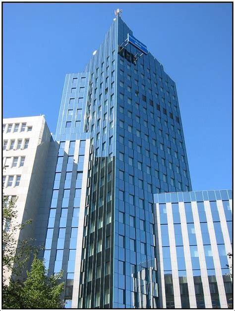 sparda bank in düsseldorf das hochhaus der sparda bank west hinter dem d 252 sseldorfer