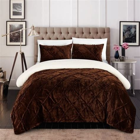 chic bed comforters 25 best ideas about brown comforter on pinterest brown