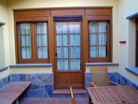 puerta con ventana foto puerta y ventanas de pvc aleman marca weru de