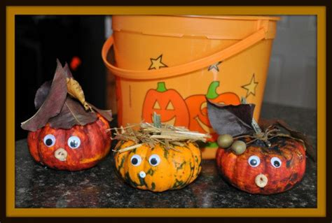 Pumpkin Decorating For Toddlers by 6 Ways To Decorate Pumpkins With