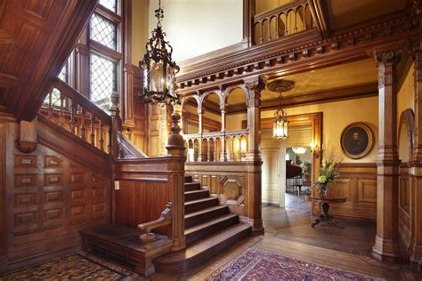 foyer möbel entryway and grand staircase of the burbank livingston