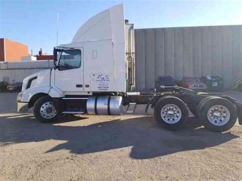 2006 volvo semi truck volvo vnl 2006 sleeper semi trucks