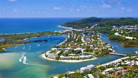 dolphins house noosa most popular things to do in noosa heads australia