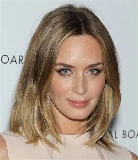 hairstyles blonde shoulder length hair emily blunt medium blonde hairstyle casual everyday
