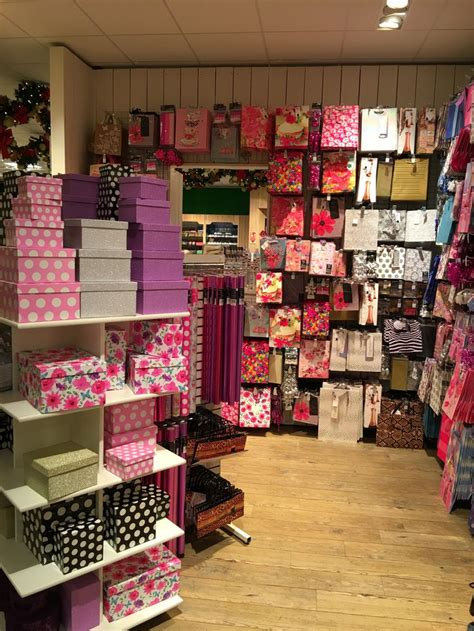 stores that gift wrap 23 best images about greeting card units gift shop