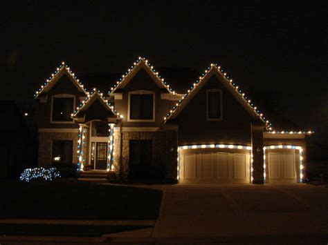 beautiful professional christmas light installation for