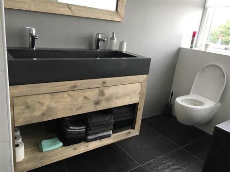 badkamer hout en betonlook afbeeldingsresultaat voor badkamer betonlook hout