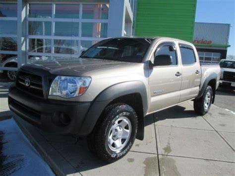 Toyota Tacoma Cab Bed Length Sell Used Toyota Tacoma 4wd Crew Cab Bed Cover V6 Auto 4x4