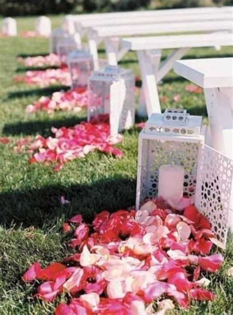 Small Wedding No Aisle by 69 Outdoor Wedding Aisle Decor Ideas Happywedd