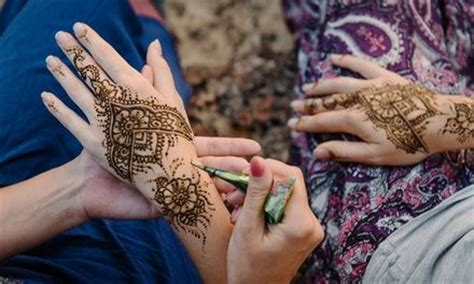 henna tattoo bedeutung 17 best ideas about small henna tattoos on