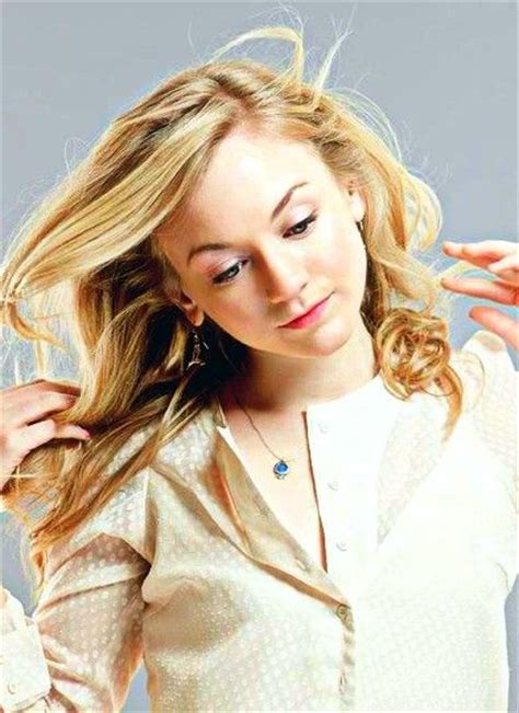 emily kinney haircut emily kinney hair color hair colar and cut style