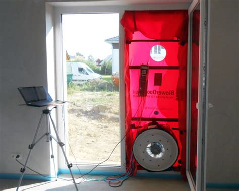 blower door test wann blower door test peine zugluft finden energie sparen