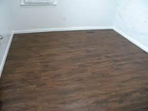 Vinal Plank Flooring Diy Install Vinyl Plank Flooring We Call It Junkin