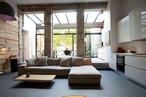 Loft Moderne Salon by Homify 360 176 Un Loft Moderne Et Urbain