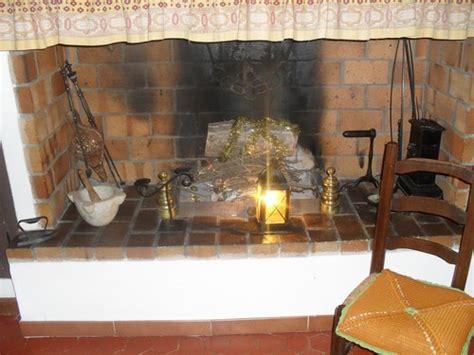 agréable Cheminee De Cuisine Photo #4: photo-decoration-déco-de-cheminée-ancienne.jpg