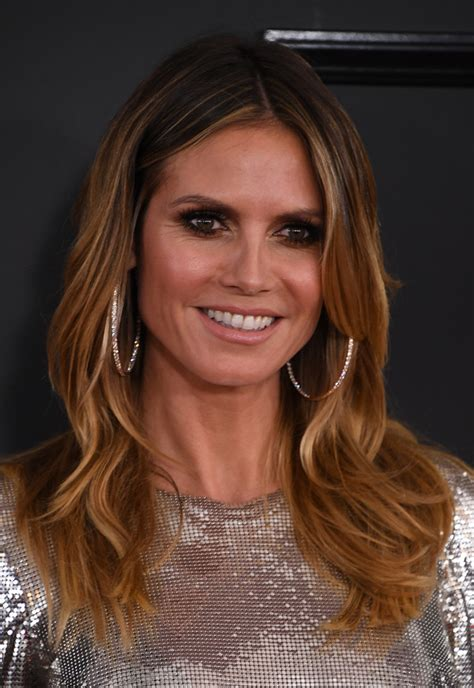 what colour is heidi klum s hair heidi klum hair looks stylebistro