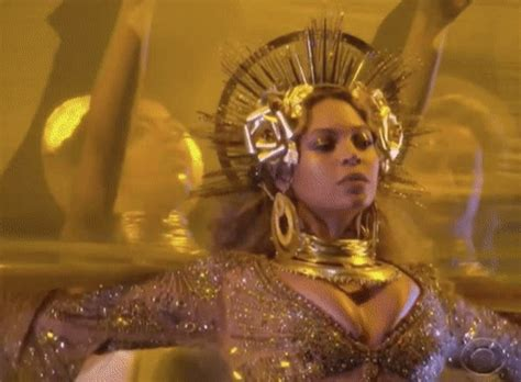 beyonce vulture mp download beyonce grammys gif by vulture com find share on giphy