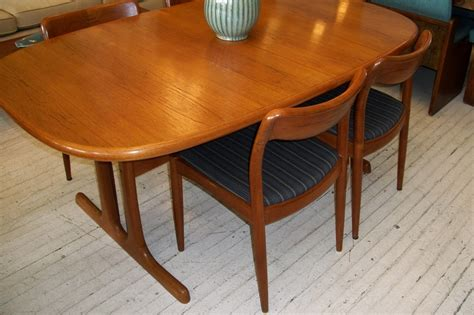 d scan solid teak dining room table 4 chairs an orange