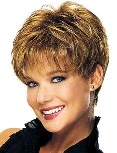 short hairstyles with weight lines blended in 25 beautiful short haircuts for round faces thin hair