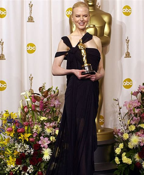 2003 academy award for best actress photos every gown worn by every oscars best actress