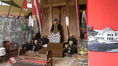 Blender Di Hartono Malang asyiknya berpetualang di museum malang tempo doeloe