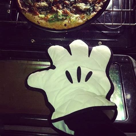 jeux de cuisine de mickey gant de cuisine mickey mouse cuisinez en mode d 233 ssin anim 233