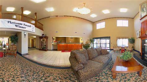comfort inn fort wayne comfort suites in fort wayne hotel rates reviews on orbitz