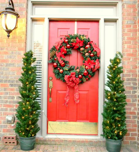 how to decorate a door for christmas home decor budgetista christmas decorations