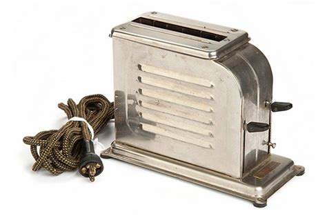 Kitchen Interior Fittings The History Of Toasters