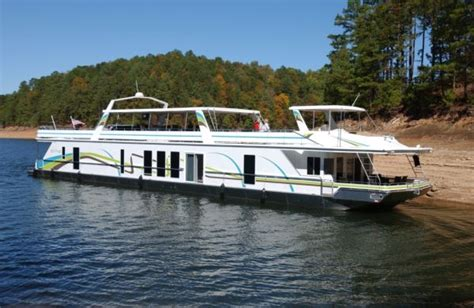 big bear houseboat rentals fight the hungry bear houseboat magazine