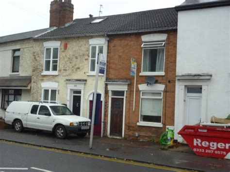 rooms to rent in stourbridge worcester stourbridge dy8 2 bed terraced house to rent 163 595 pcm 163 137 pw