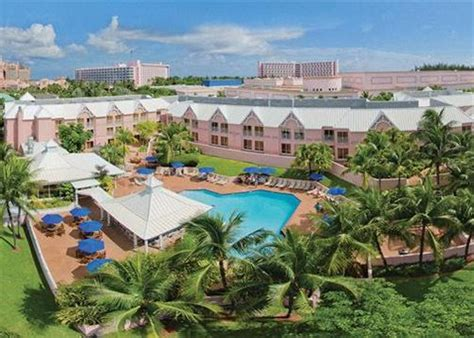 Comfort Suites Paradise Island 2017 Room Prices Deals