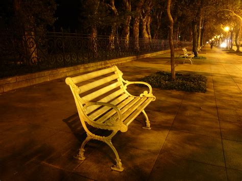 bench at night lonely bench at night 1 free photos 1185340