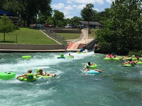 Floating The Guadalupe River Cabins by New Braunfels Guadalupe River Flow Pictures To Pin On